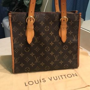 Louis Vuitton Monogram Canvass